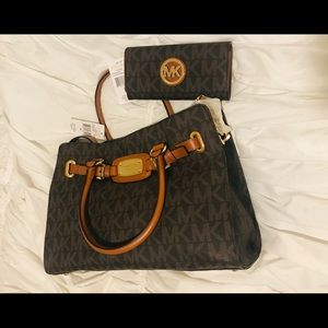 Michael Kors purse and matching wallet